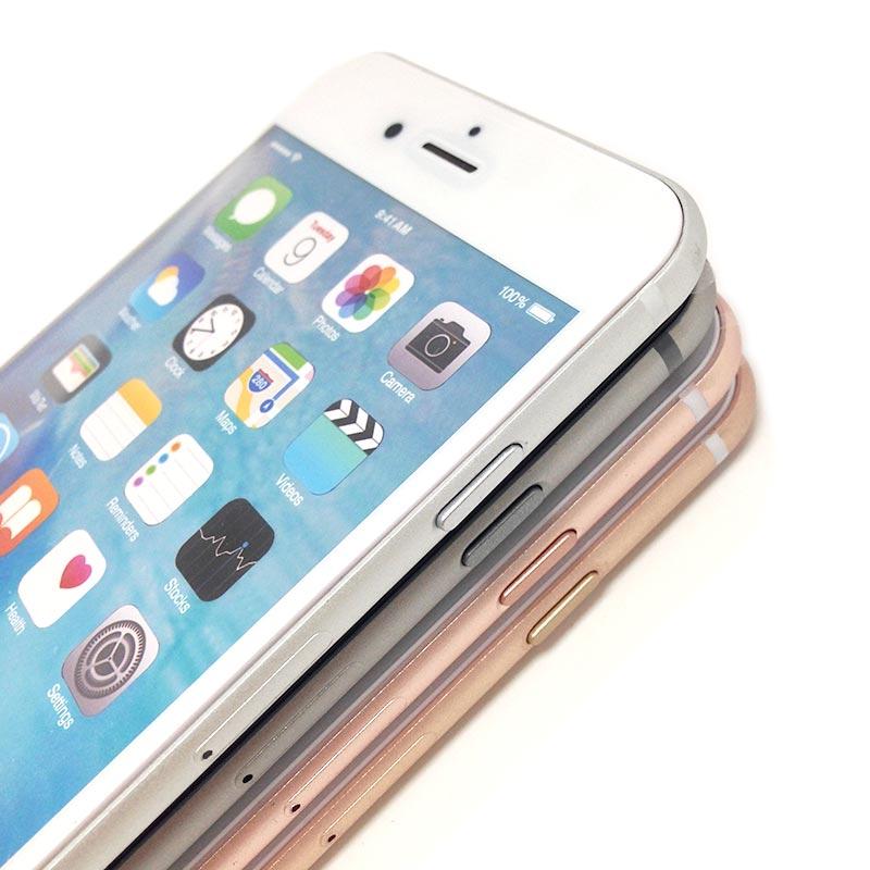 iPhoneの各ボタンまで再現した模型